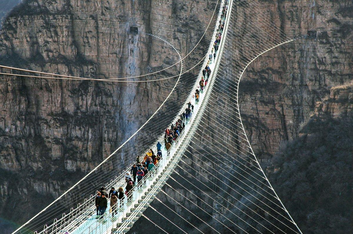 Стеклянный мост в провинции Хэбэй
