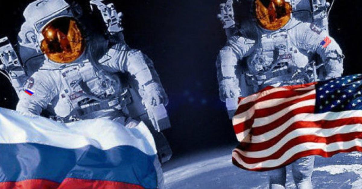 Россияне впервые полетят в космос на американских кораблях