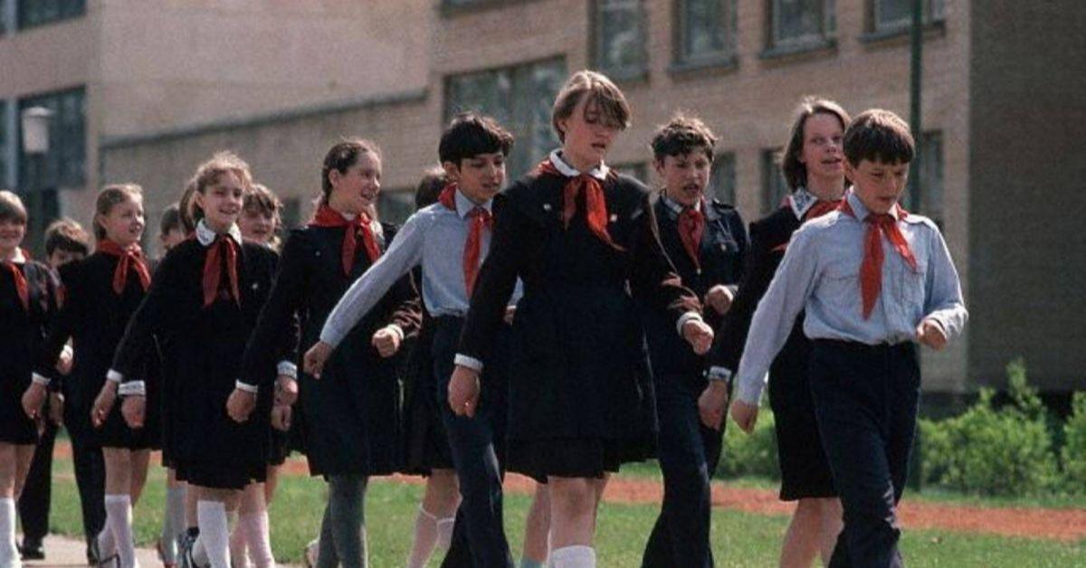 Стоимость школьной формы в России будет закреплена