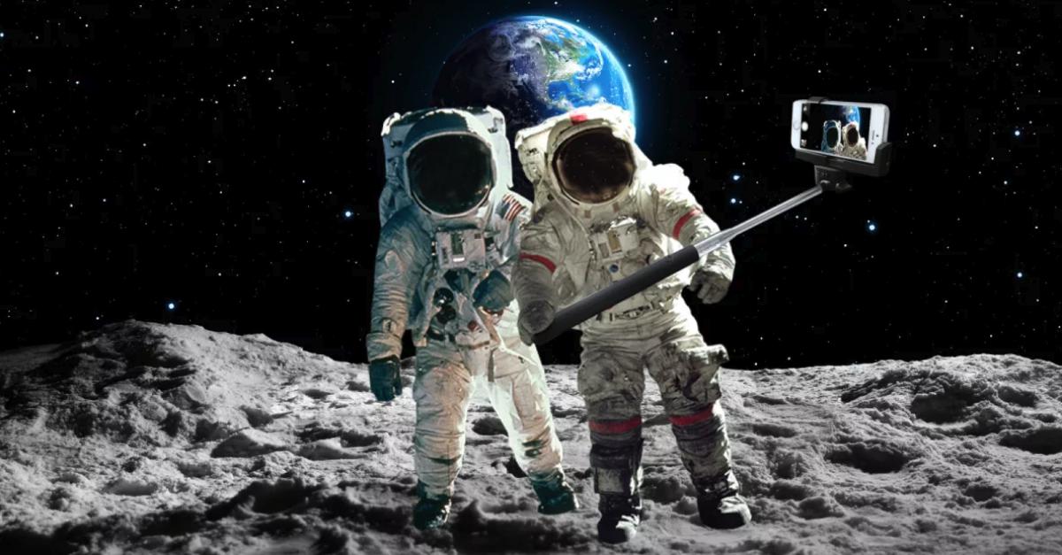 SpaceX отправит туриста на Луну
