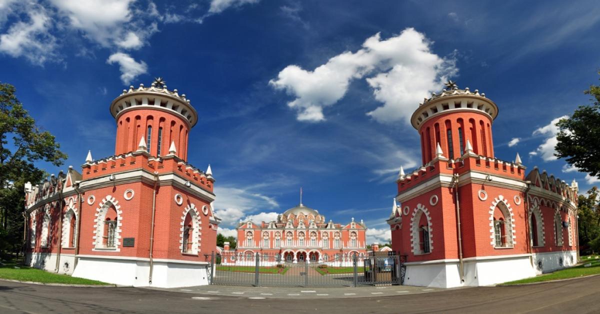 Прогулки по особнякам Москвы — теперь онлайн
