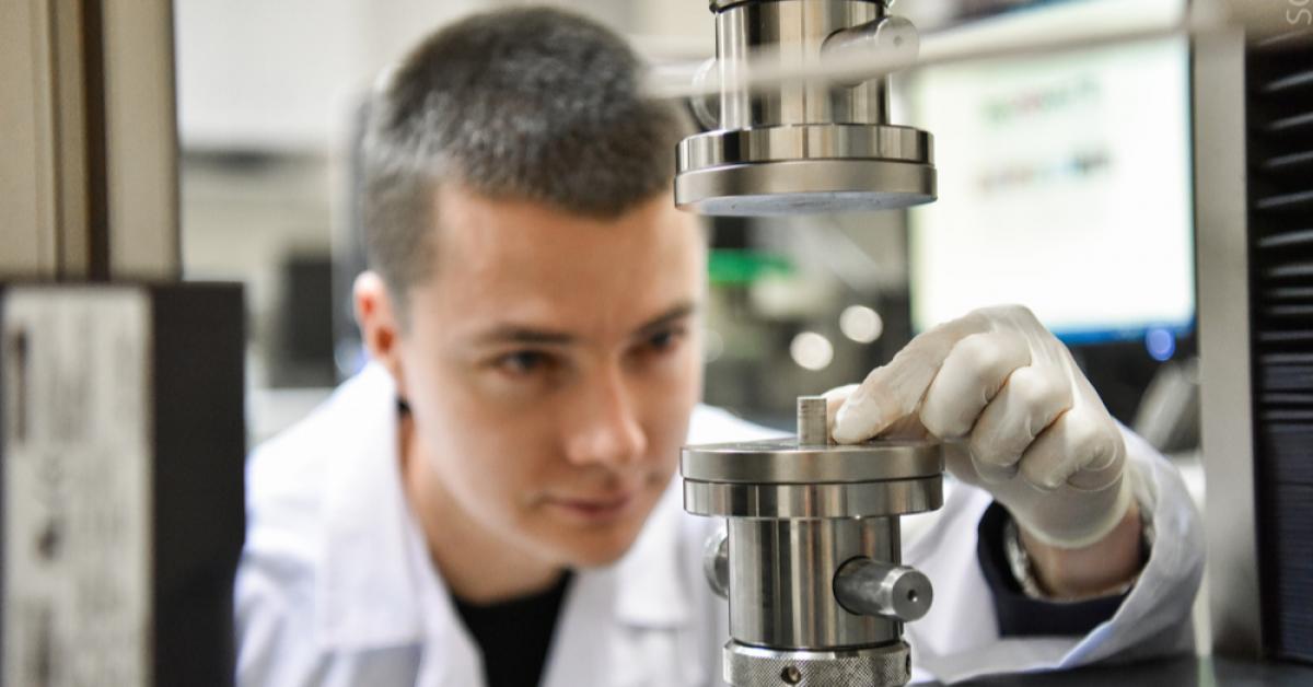 Имплантат-гибрид повторяет структуру кости