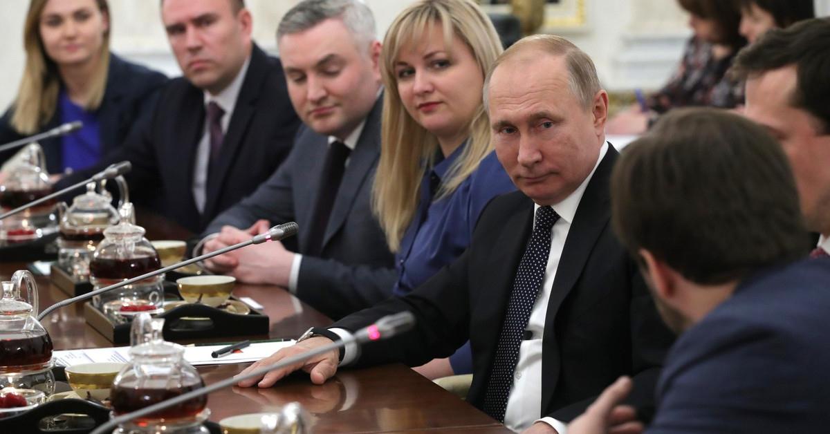 Идея, которая понравилась Путину: 35% госуправленцев до 35 лет