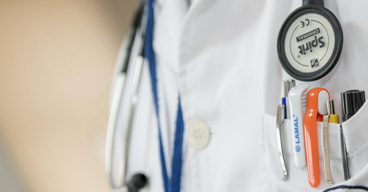 В школы вернут медсестёр?