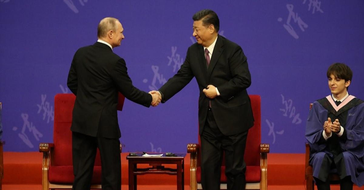 Владимир Путин стал почётным доктором ведущего университета Китая
