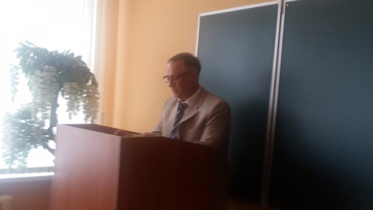 Поздравляем дорогого коллегу - А.А. Голованова с присуждением степени кандидата экономических наук! 🎉👨🎓🎉