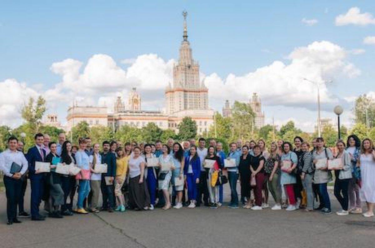 Самые популярные у абитуриентов факультеты МГУ