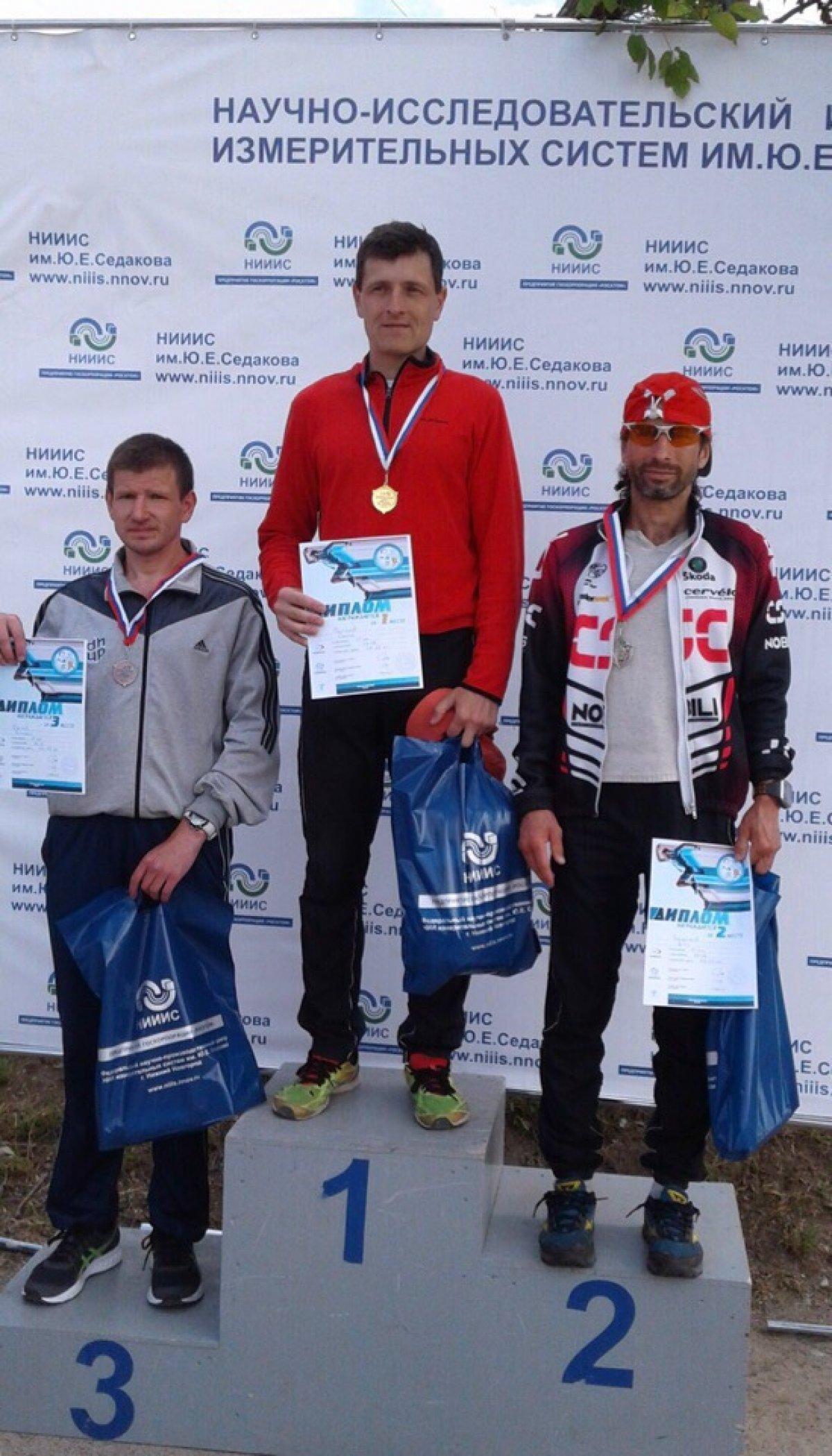 Спортсмены Дзержинского филиала РАНХиГС приняли участие в легкоатлетическом пробеге «Мемориал Ю.Е. Седакова»