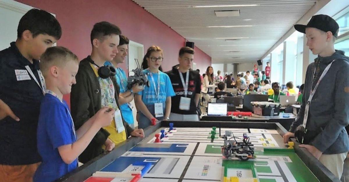 Россияне выиграли международные соревнования по робототехнике