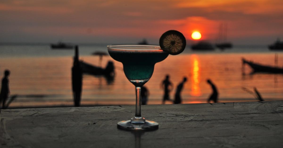 Ученые США: высшее образование снижает риск развития алкоголизма