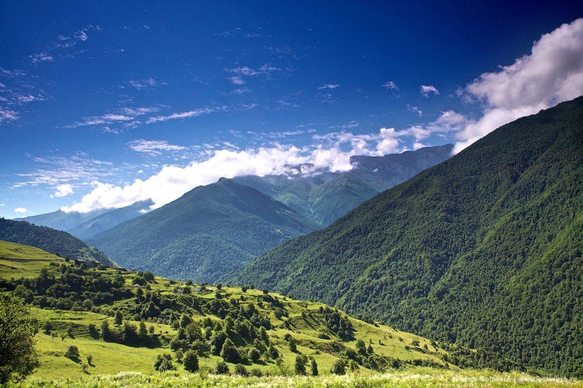 Более 100 000 000 рублей дохода может принести туристическая отрасль в бюджет Чеченской республики.