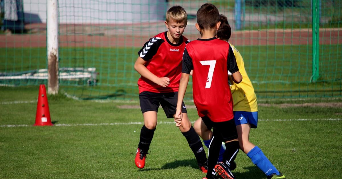 Российские школьники мало двигаются и много учатся