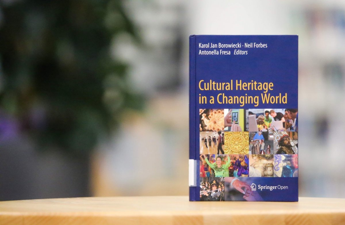 - Cultural Heritage in a Changing World. / Ed. by Karol Jan Borowiecki, Neil Forbes, Antonella Fresa