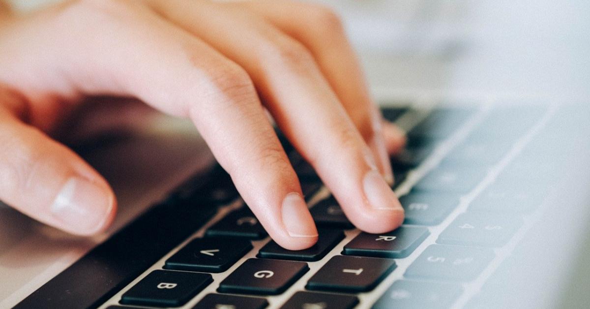 Бесплатные пробные ЕГЭ и ОГЭ проведут онлайн