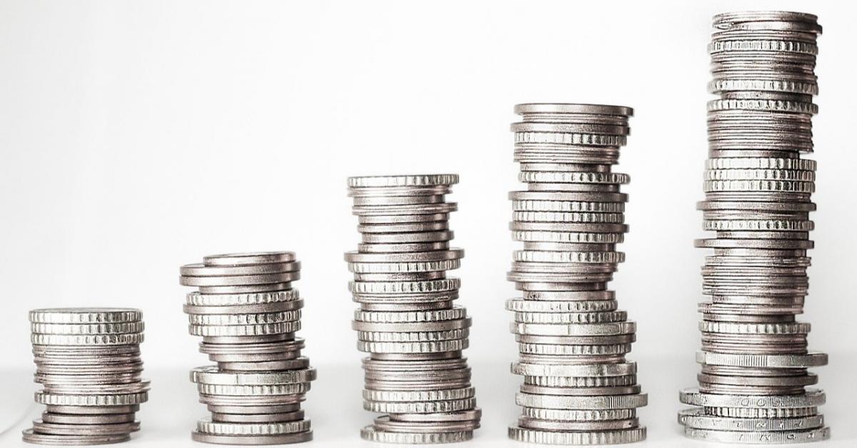 В каких регионах РФ зарплаты выше и ниже других?