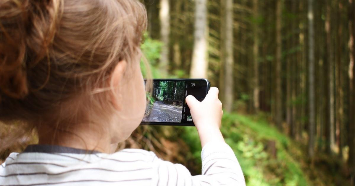 Смартфоны не влияют на отношения детей и родителей