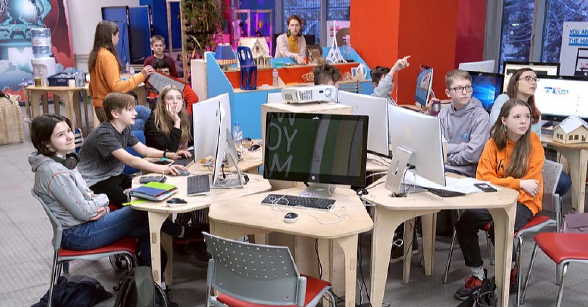 «Долгие каникулы» московских школьников станут «научными» и «инженерными»