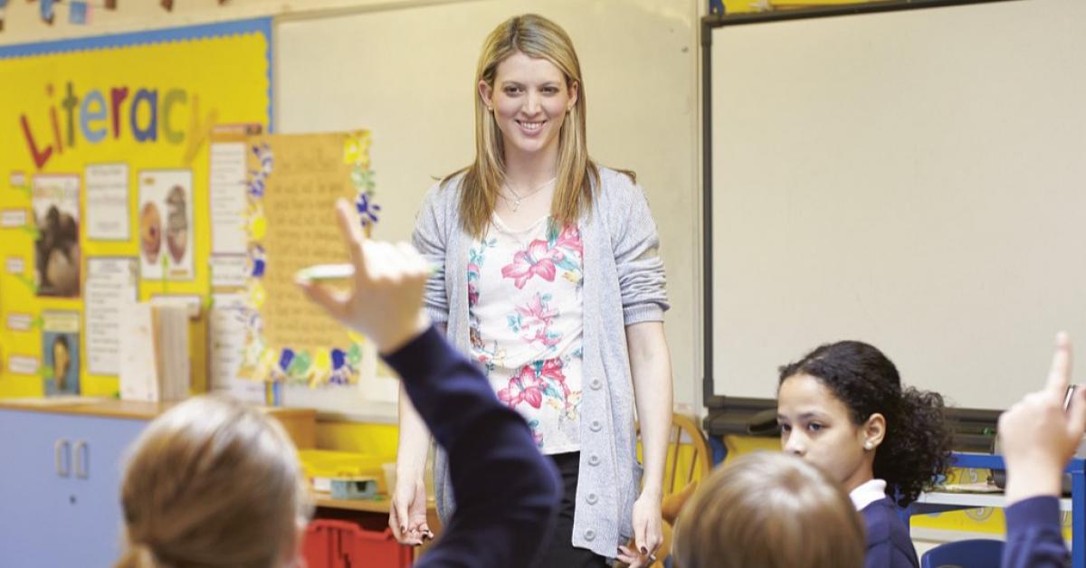 «Учителей на замену» приглашают работать в школы