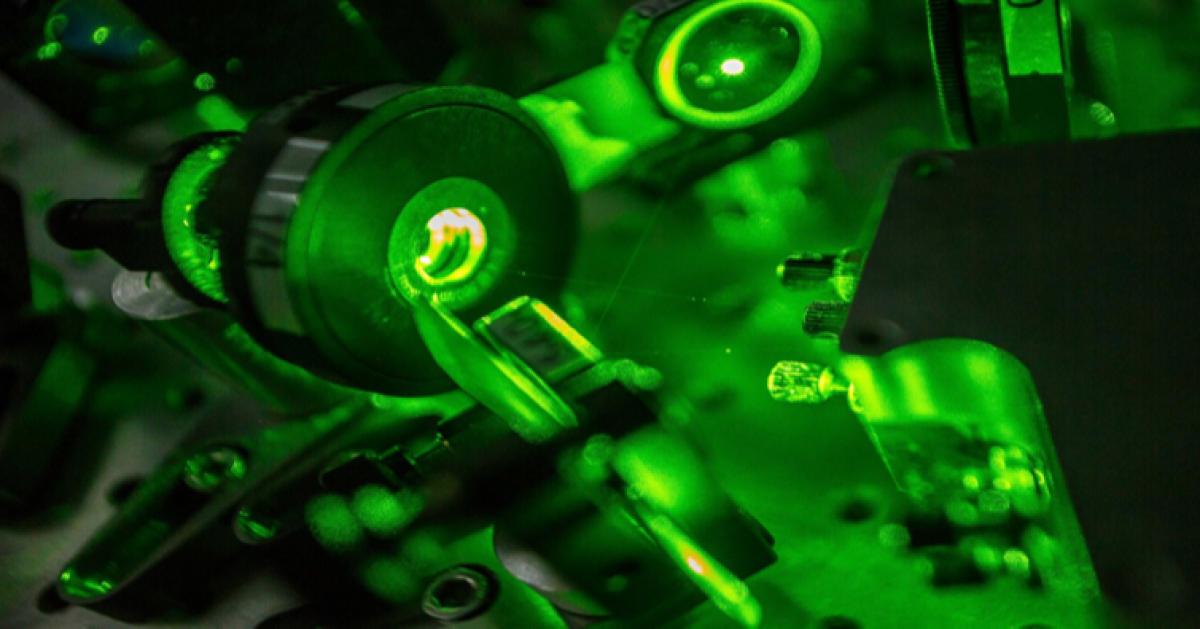 Российские химики «подковали» лазер