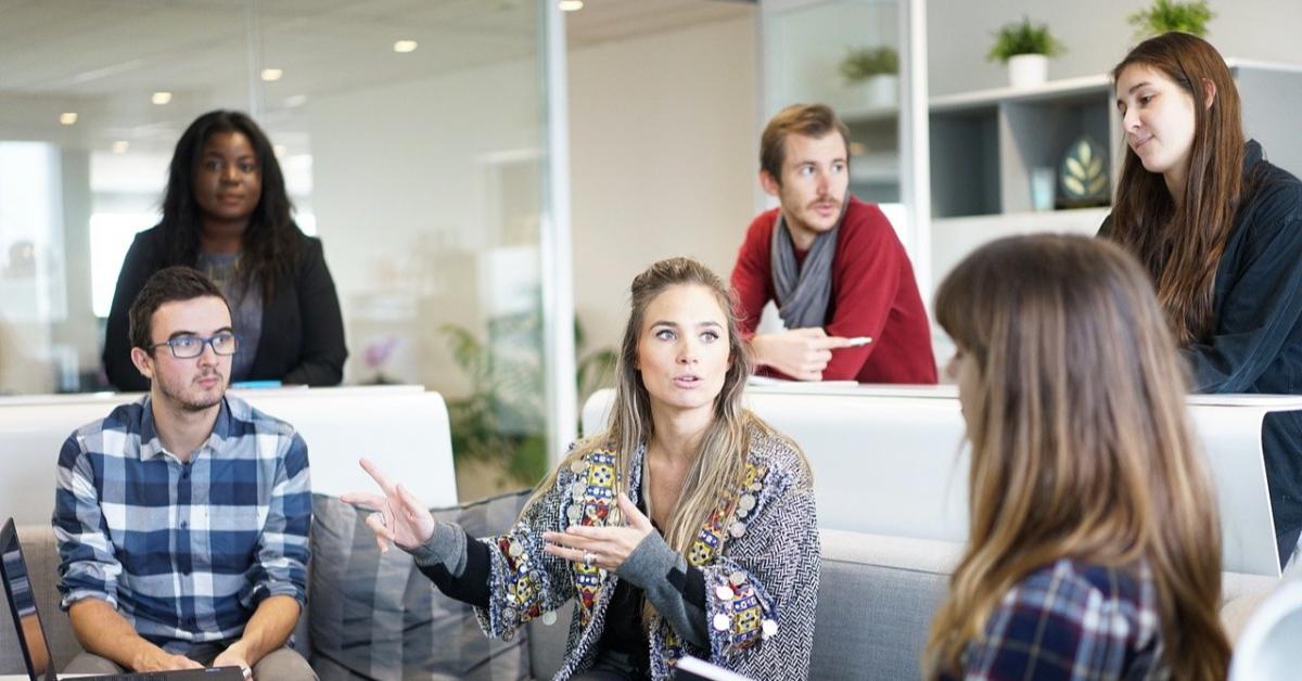Умение продавать и работать в команде для работодателей важнее грамотности